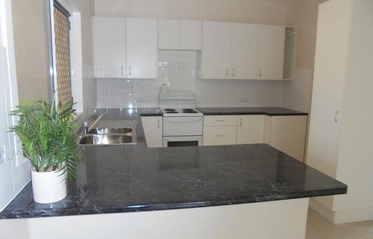 2 Bedrooms Unit for Rent